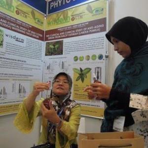 Di Makmal Institut Pembangunan Bioproduk UTM